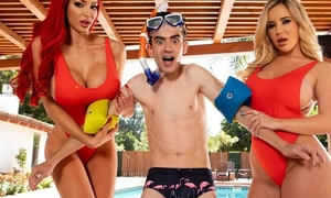 Two horny bitches with chubby juggs fuck Jordi wits hammer away pool